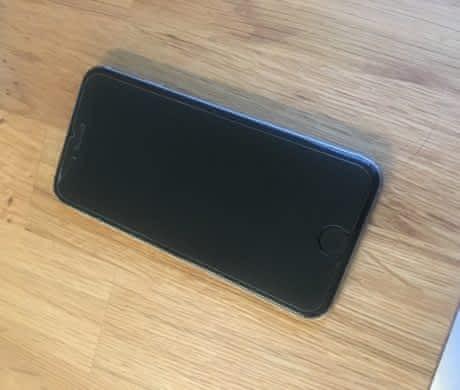 Apple iPhone6 128GB vesmírně šedý