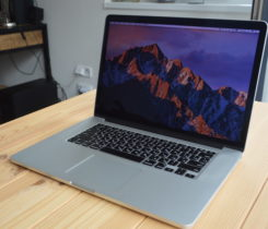 Macbook Pro 15 Retina, i7, rok 2013, 8GB