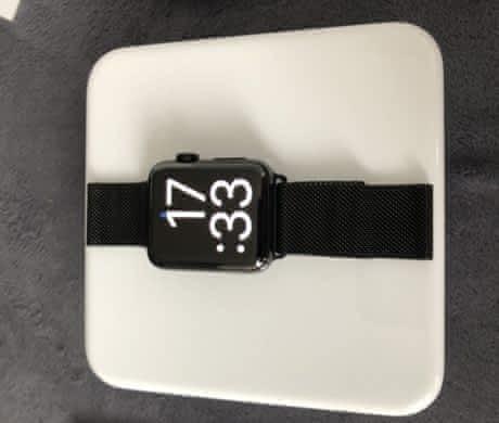 Prodám Apple Watch series 2 42 mm ocel