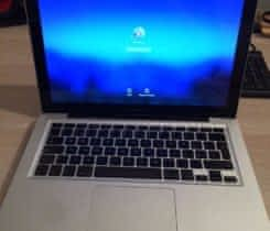 "Apple macbook pro 13"" 8GB ram 750 GB HDD"