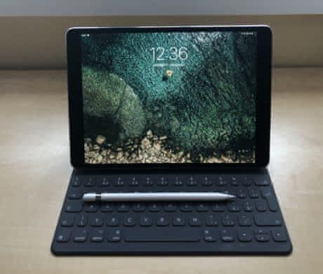 """PRODÁM iPad Pro 10,5"""", 256 GB Wi-Fi, 201"""