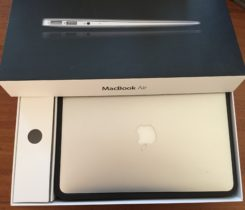 Prodám Macbook Air 11""