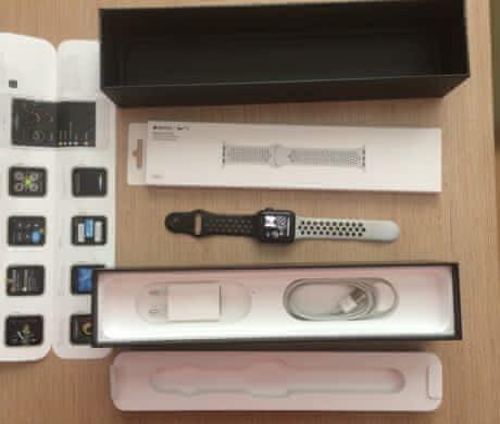 Prodám Apple Watch Nike+ Ser.3 + řemínky