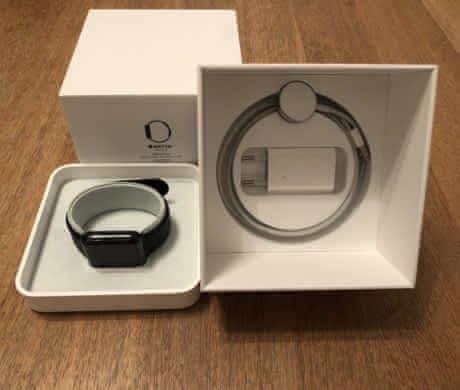 Apple Watch Series 2, 42 mm, ocel