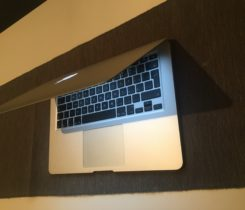 Macbook Air 13, i5, rok 2015, 8GB RAM
