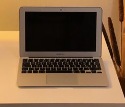 MacBook Air (11-inch, Mid 2012)