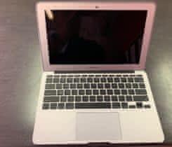 """MacBook Air 11"""" Mid 2013 – velmi pěkný"""