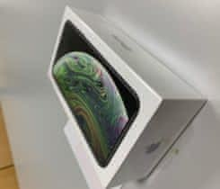 iPhone XS 256GB šedý