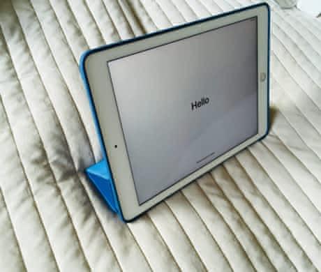 Apple iPad Pro 9.7 Wi-Fi 32GB MLMQ2FD/A