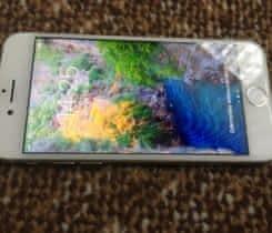 Iphone 8 silver. Zaruka cca 12 mesicu.