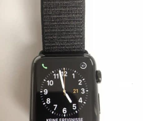 Apple Watch Series 3 42mm kov Black