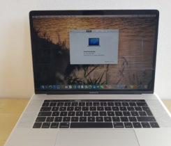 Prodej Macbook Pro + mouse