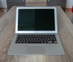 "Macbook Air 13"", 8GB RAM, 256GB, i5"