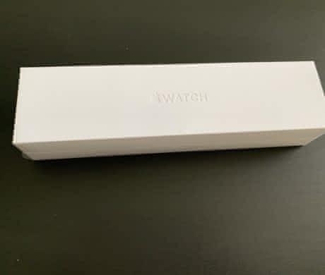 Apple Watch 44mm Series 4 s funkčním EKG