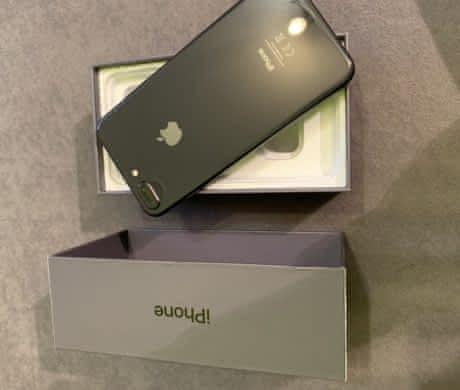 iPhone 8 Plus 64gb – Space gray