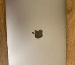 "Macbook Pro , 2017, 13"", 256GB"