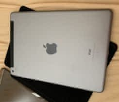 iPad 32GB WiFi Cellular Vesmírně šedý