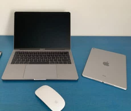 MacBook Pro 2017, 256GB, Space Gray