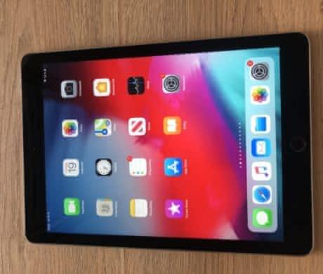 iPad AIr 2 32GB WIFI jako nový