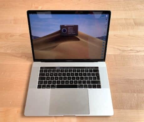 Apple MacBook Pro 15-inch, TouchBar i7