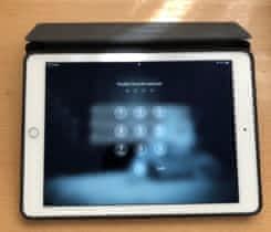 iPad Air 2 – 64GB, Cellular + Smart Case