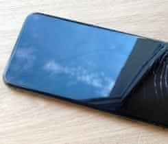Koupím Iphone X s prasklým displejem