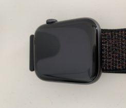 Apple Watch 4, 100% stav, 2 měsíce staré