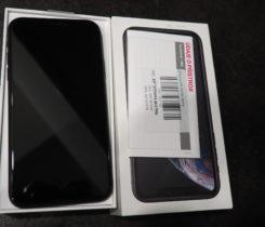 Iphone XR 64 GB, černý, TOP stav, záruka