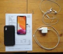 Zánovní iPhone XR bílý 256GB + doplňky