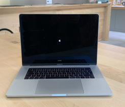 Apple MacBook Pro 15-inch, TouchBar i7