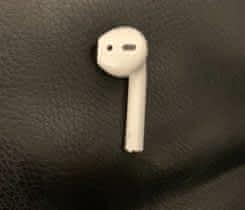 Apple Airpods pravé (R) sluchátko
