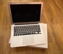 Macbook Air 13,Early 2015, jen 117 cyklů