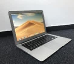 "Apple Macbook Air 13"" 8 GB RAM (2015)"