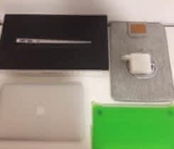 MacBook Air 11, late 2011, 128GB SSD