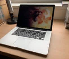 """MacBook Pro 15"""" i7 2.3Ghz 16GB RAM 512GB"""