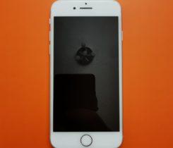NOVÝ iPhone 8 256GB + SKLO