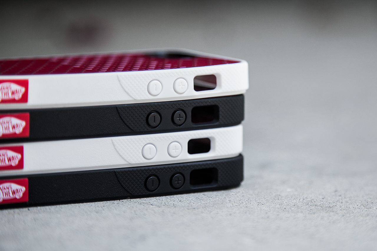 ... Belkin, vzniknou pouzdra pro iPhone 5 s podru00e1u017ekou vau0161ich tenisek