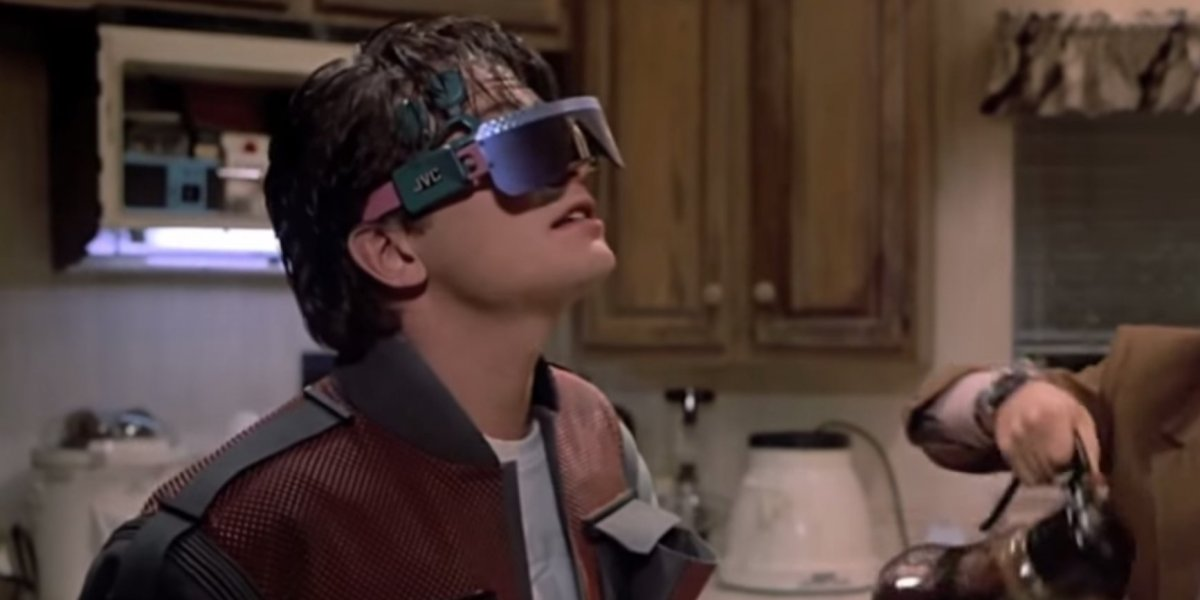 jvc-virtual-reality-glasses-back-to-the-future-2.png