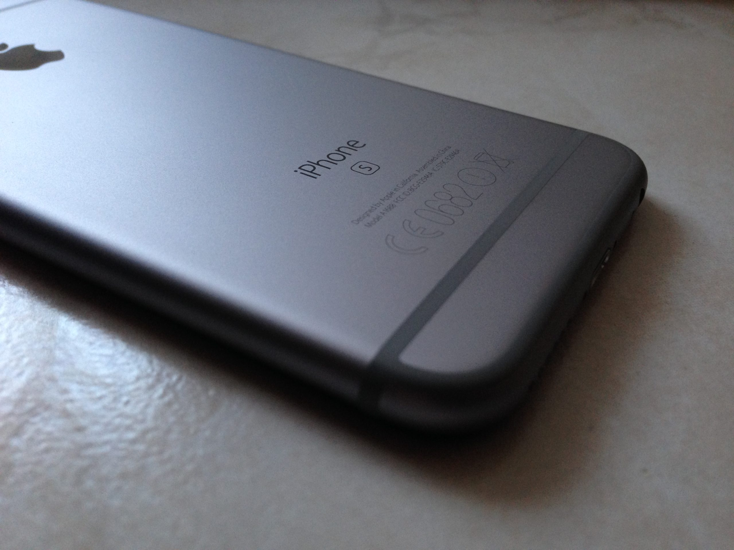 recenze iPhone 6s