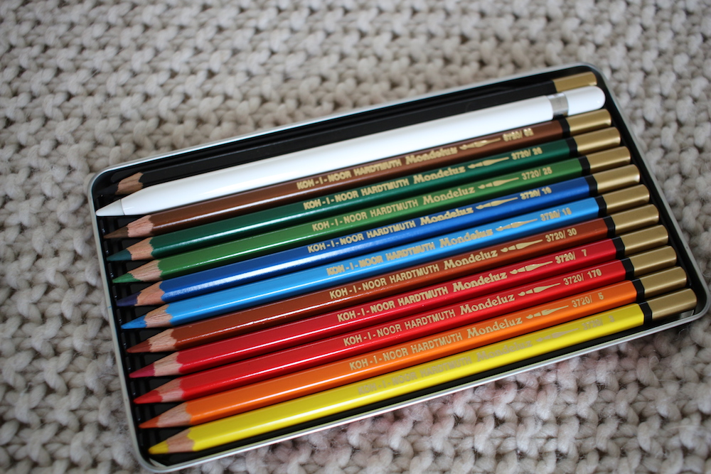 Apple Pencil inside pencil box