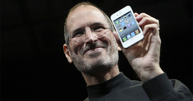 steve jobs iphone 4 fb