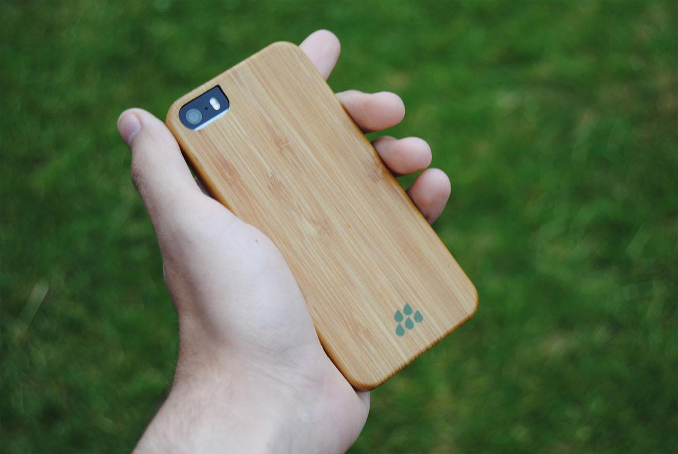 Recenze Evutec Wood Bamboo  Dřevěný obal pro váš iPhone f9f2f35a8b2