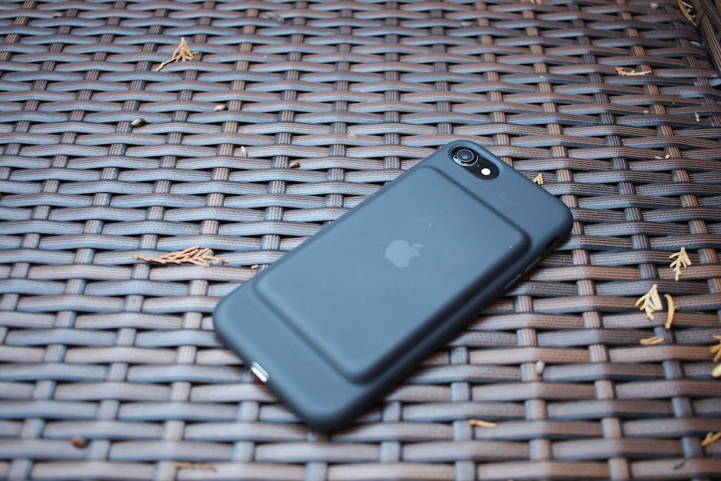 apple-smart-battery-case
