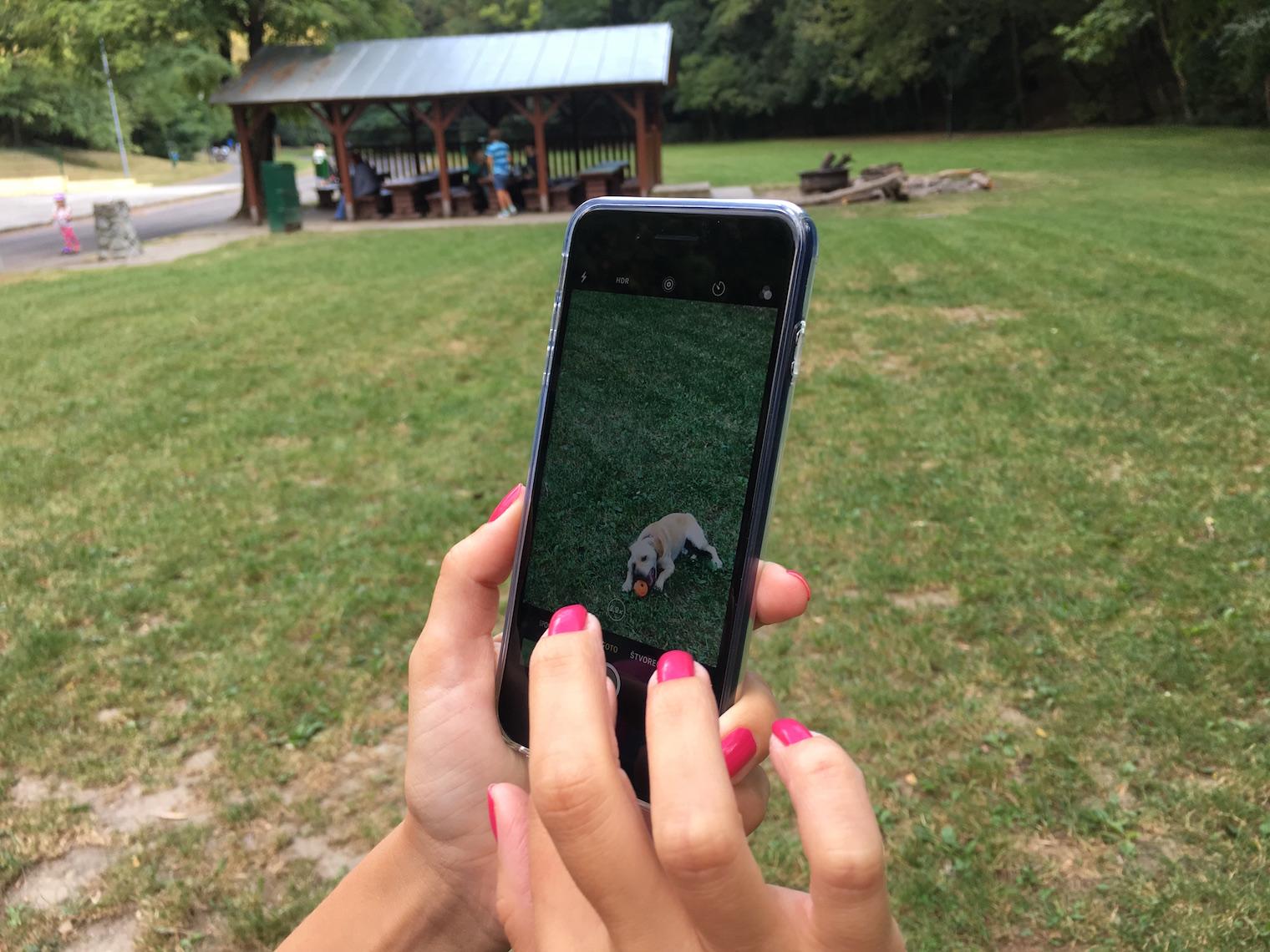 Rodinné zdieľanie môžete používať na iPhone, iPade alebo iPode touch so.