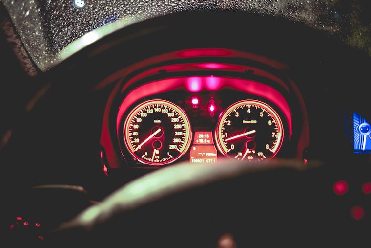 benzine-car-speedometer-picjumbo-com