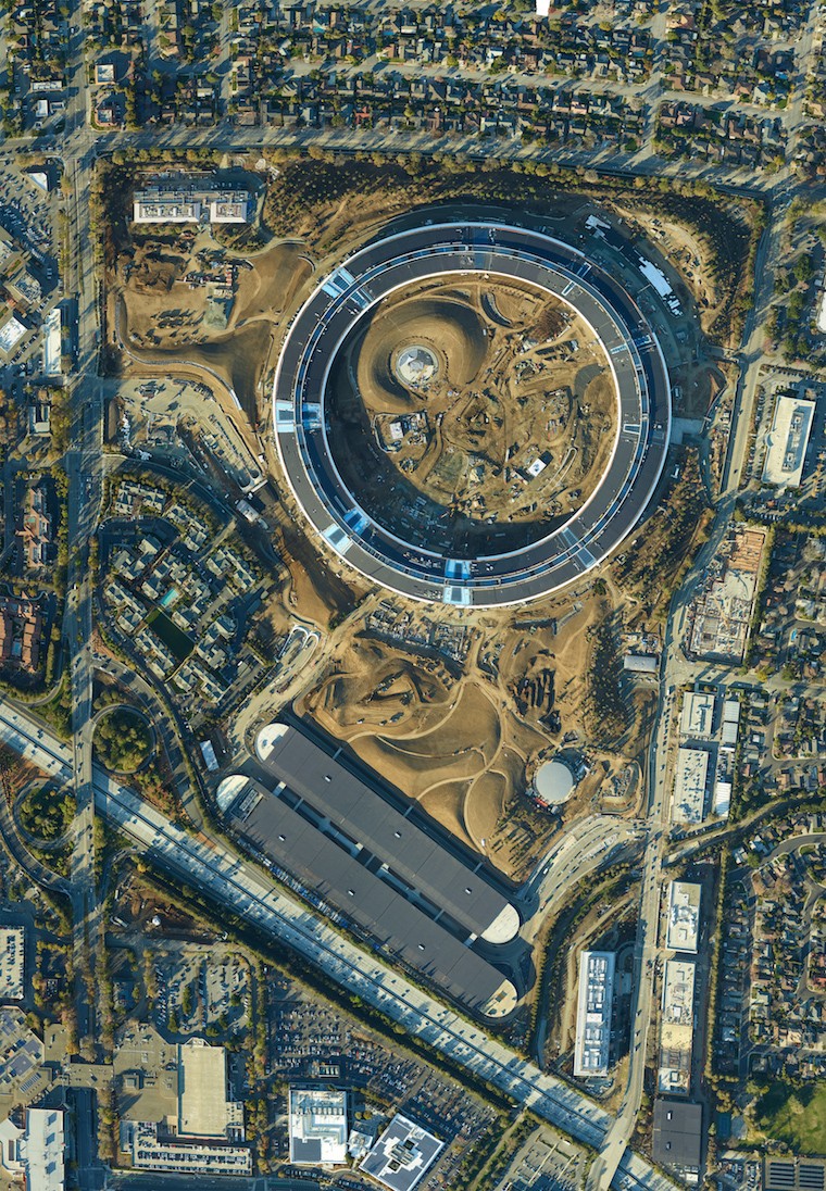 apple-campus-2-detailed-aerial-photo