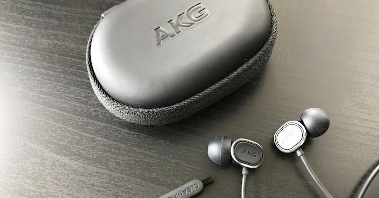 AKG-N20-FB