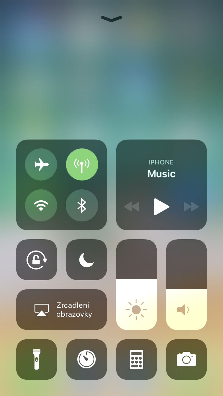Wi-Fi Bluetooth iOS 11 ovladaci centrum 2