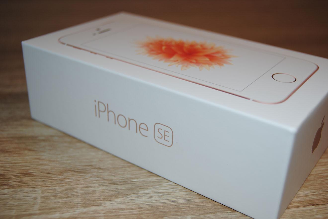 iPhone SE recenze 6