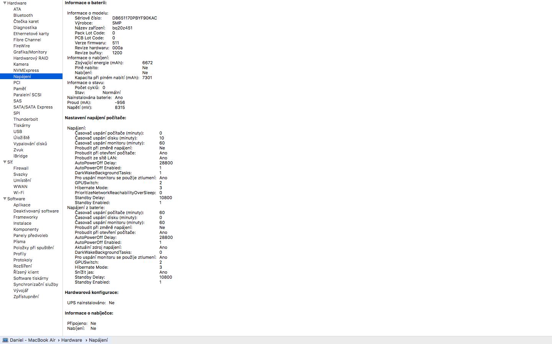 detail nove baterie MacBook Air